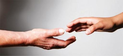 Mani tese - la varia umanità