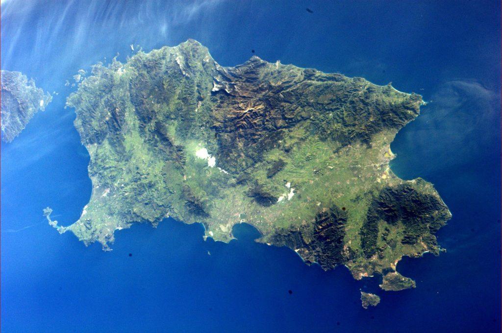 -Il grande verde .Veduta area della Sardegna